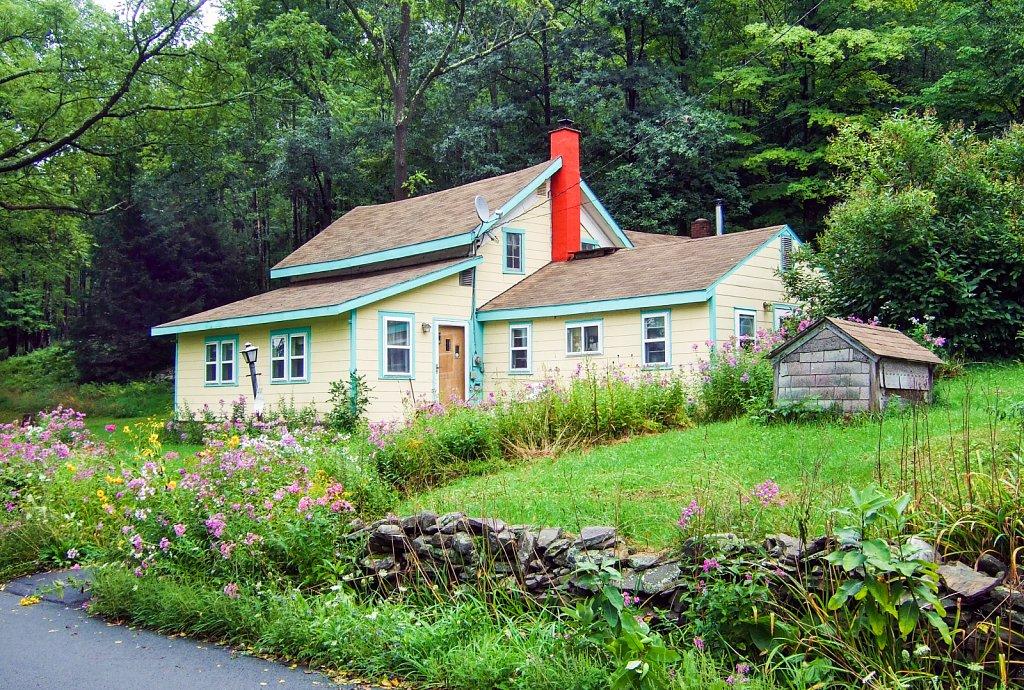 house-red-chimney.jpg